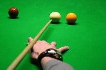 Snooker anstoßen