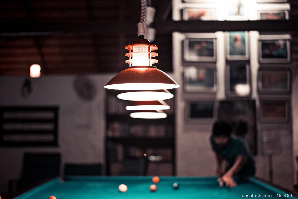 Die richtige Beleuchtung für deinen Snookertisch